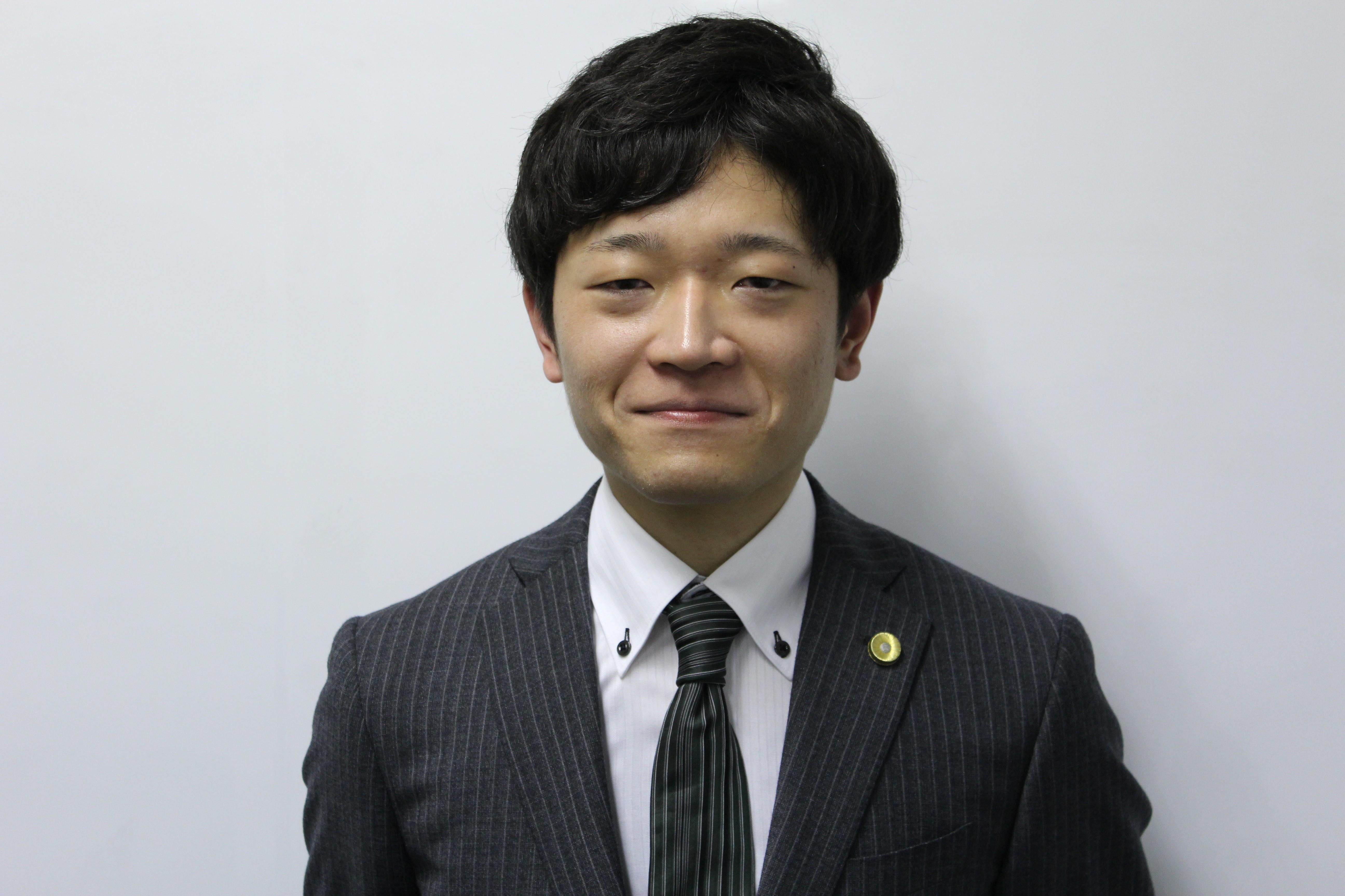 川村弁護士